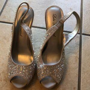 Dressy shoe